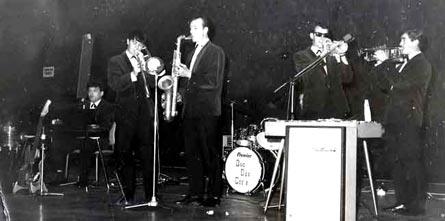 QDG Dance Band 1968